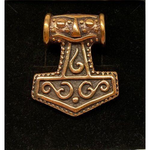 """Vikingevedhæng bronze Thorshammer - Mjølner med Krigermaske XL, Vikingevedhæng i bronze - Thors hammer """"Mjølner"""" med Krigermaske XL"""