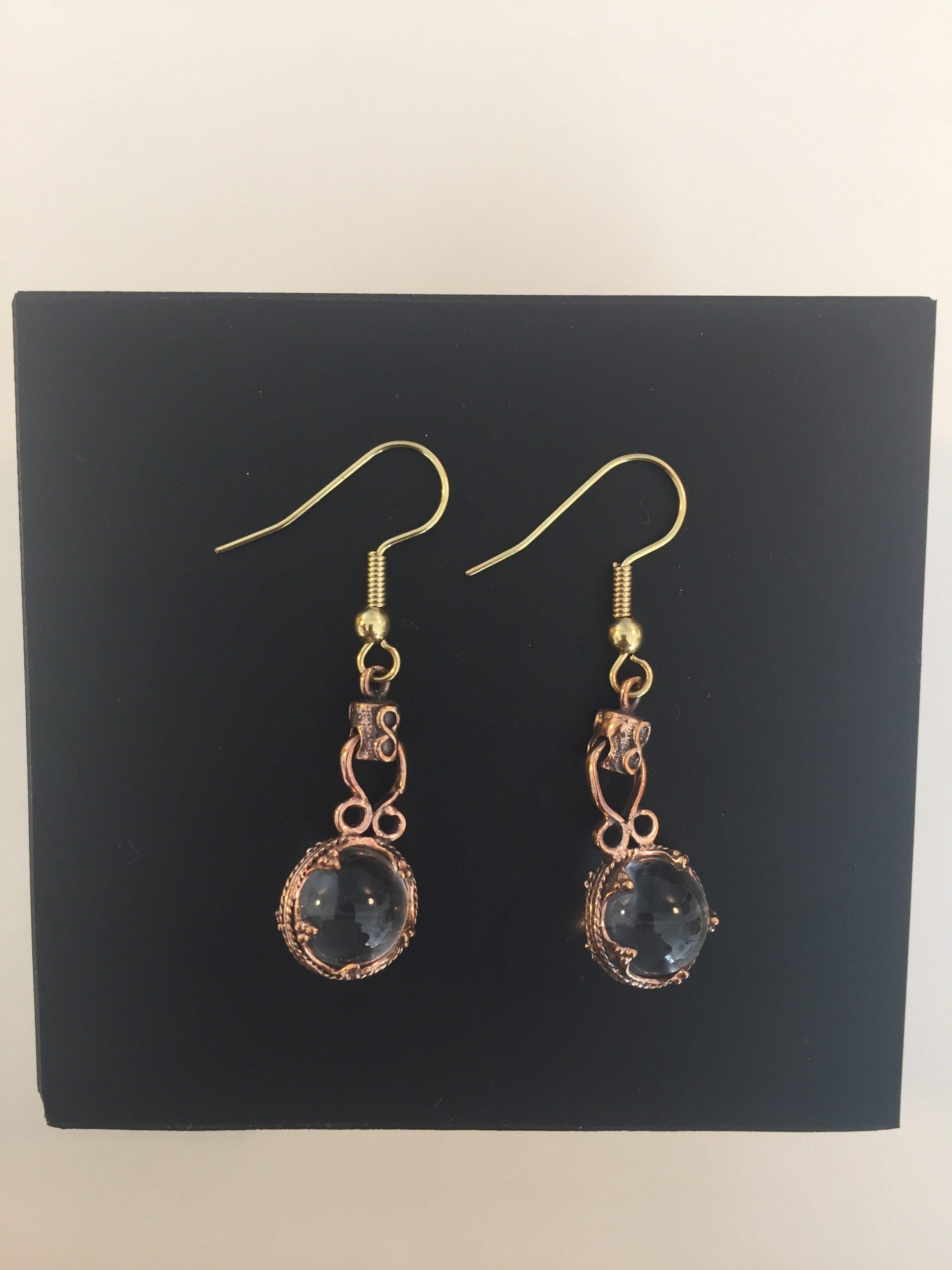vikingesmykke - vikingeørehængere øreringe med gotlandsk krystal