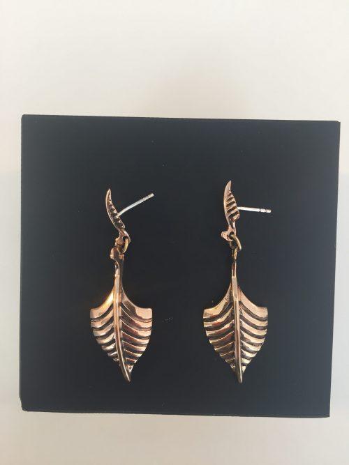 vikingesmykke - ørehængere øreringe skibe i bronze