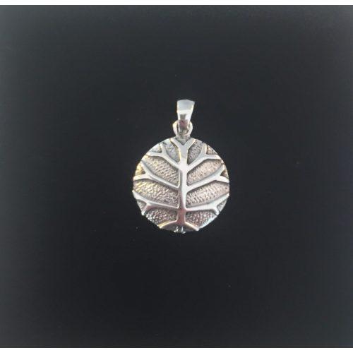 Vikingevedhæng i sølv - Livets træ Yggdrasil stiliseret masiv