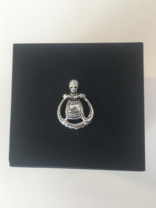 Vikingevedhæng i sølv - Rund Freja (lille)