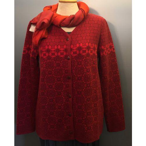 Dunque Cardigan i Uld/bomuld - Rød, dunque mønster strik cardigan rød, strik, strikjakke, strikket, strik, damestrik, røde farver, mønster, kradser ikke, varm, rummelig, klædelig, lækker, blød, varm, varm farve, gaveide, gave, hyggelig, pæn, biti, ribe,