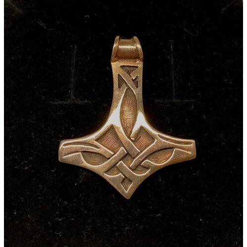 vikingevedhæng bronze thorshammer mjølner, keltisk flet, stor, smal, evigheden, mjølner, thorshammer, vedhæng,smykke, bronze, vikingesmykke, vikinger, gamle, guder, museums, museumssmykker, nordiske, guder, aser, asgaard, kopi, vikingekopi, udgravninger, gylden, bronze, halskæde, gaveide, maskulin, til mænd, til drenge, herre, flas, ikke for tung, ægye, original, speciel, amulet, biti, ribe