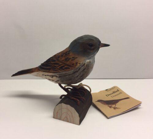 Naturens fugle - Wildlife garden - håndskåret af træ - Jernspurv