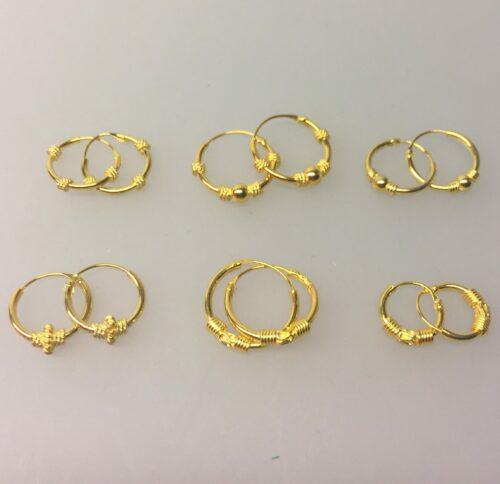 Creoler - øreringe forgyldt sølv (10 mm) - små creoler med 3 snoninger - Creoler - øreringe forgyldt sølv (12 mm) - små creoler med kugle og snoning - Creoler - øreringe forgyldt sølv (14 mm) - små creoler med kugle og snoninger - Creoler - øreringe forgyldt sølv (12 mm) - små creoler med S-mønster og snoning - Creoler - øreringe forgyldt sølv (10 mm) - små creoler med S-mønster og snoning
