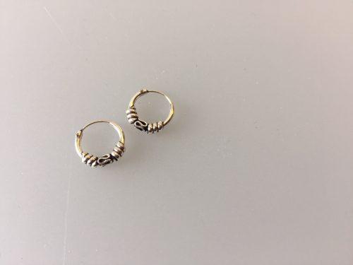 Ø10mm - Creol øreringe i sølv - små med oxyderet S-mønster og snoning