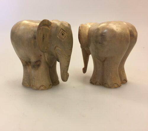 Elefant - Håndskåret af Træ - Snabel ned Grå