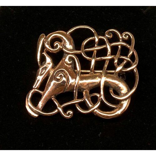 "Vikingebroche i bronze - Ribe brochen - Kamp mellem - Vikingebroche i bronze - Ribe brochen ""Kamp"" Stor, museums, museumssmykker, broche, Ribe, Biti, smykke, det gode og det onde, godt og ondt, yin og yang, nål, vikingesmykker, vikingefund, udgravninger, kopi, vikingekopi, arkæologisk, nordiske, guder, smykker, gaveide, rollespil, specielt, interessant, fletværk,"