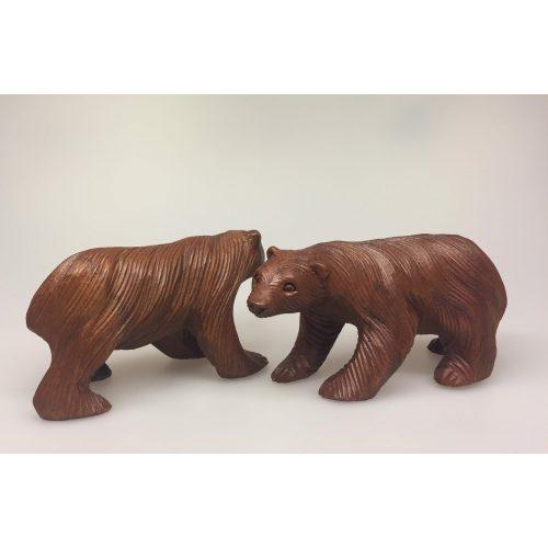 Bjørn - håndskåret træ - mellem
