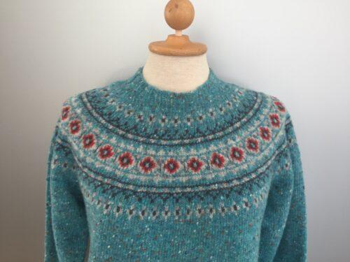 Pullover merino tweed strik med færø mønster - Lys Turkis