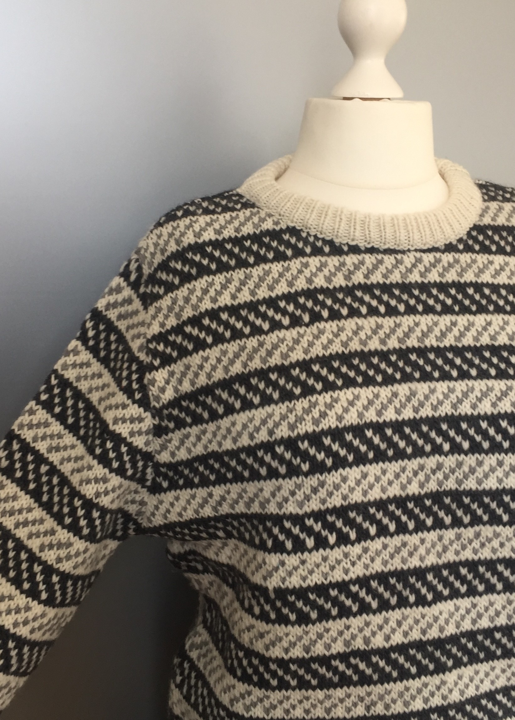 Fuza - merinould - Dane Pullover koks/natur, hipster, klassisk, unisex, oversize, herrepullover, herrestrik, sweater, uldsweater, islænder, dansk, damestrik, uldsweater, uldtrøje, pullover, traditionel, tyk, blød, merinould, biti, ribe