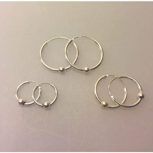 Creol øreringe i sølv - Creoler - hoops med kugle Ø25 mm - Creol øreringe i sølv - Creoler - hoops med kugle Ø20 mm