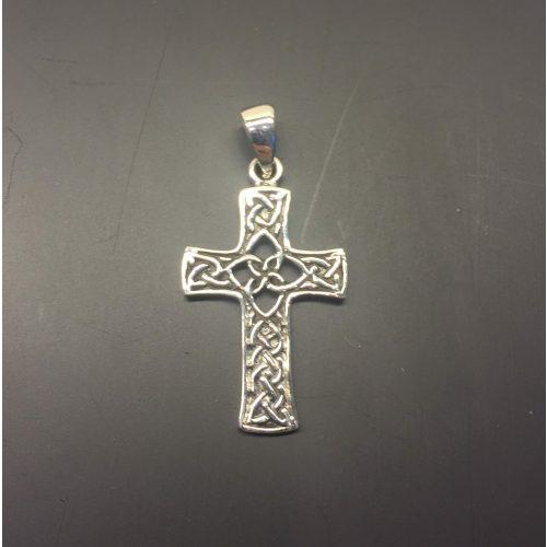 Sølvvedhæng Kors med keltisk flet - de 4 elementer, evigheden, tallet fire, sølvkors, kors, ægte, sterling, sølv, vedhæng, til kæde, halssmykker, vikinger, vikingesmykker, vikingekors, fund, kopi, museums, museumssmykker, kopismykker, udgravning, vikingefund, gamle, ribe, biti