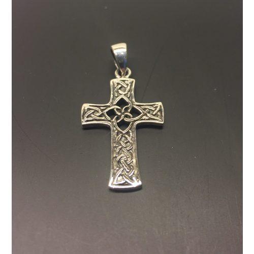 Vedhæng i sølv - Kors med keltisk flet - de 4 elementer