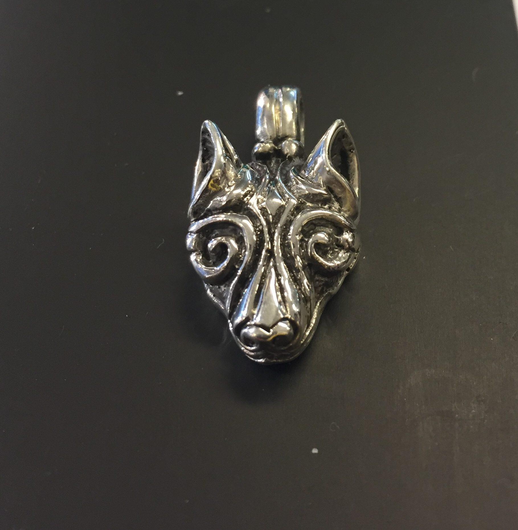 Vikingevedhæng i sølv - Ulvehoved - Fenris