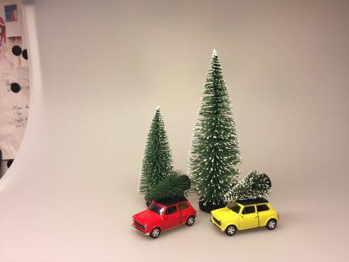 Mini Cooper med juletræ - Gul lille - Mini Cooper med juletræ - Rød lille