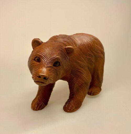 Bjørn - håndskåret træ - stor