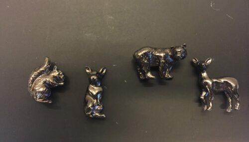 Magneter - 4 vilde dyr - blankt mørkt metal