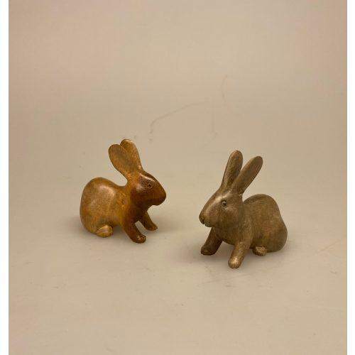 Kanin - Håndskåret af træ Lille, kanin, kaniner, trækanin, trækaniner, træfigur, af træ, kaninunge, lille, trædyr, træfigur, hare, påskehare, harer, harekilling, håndlavet, træsnit, træskærearbejde, håndværk, kunst, biti, ribe