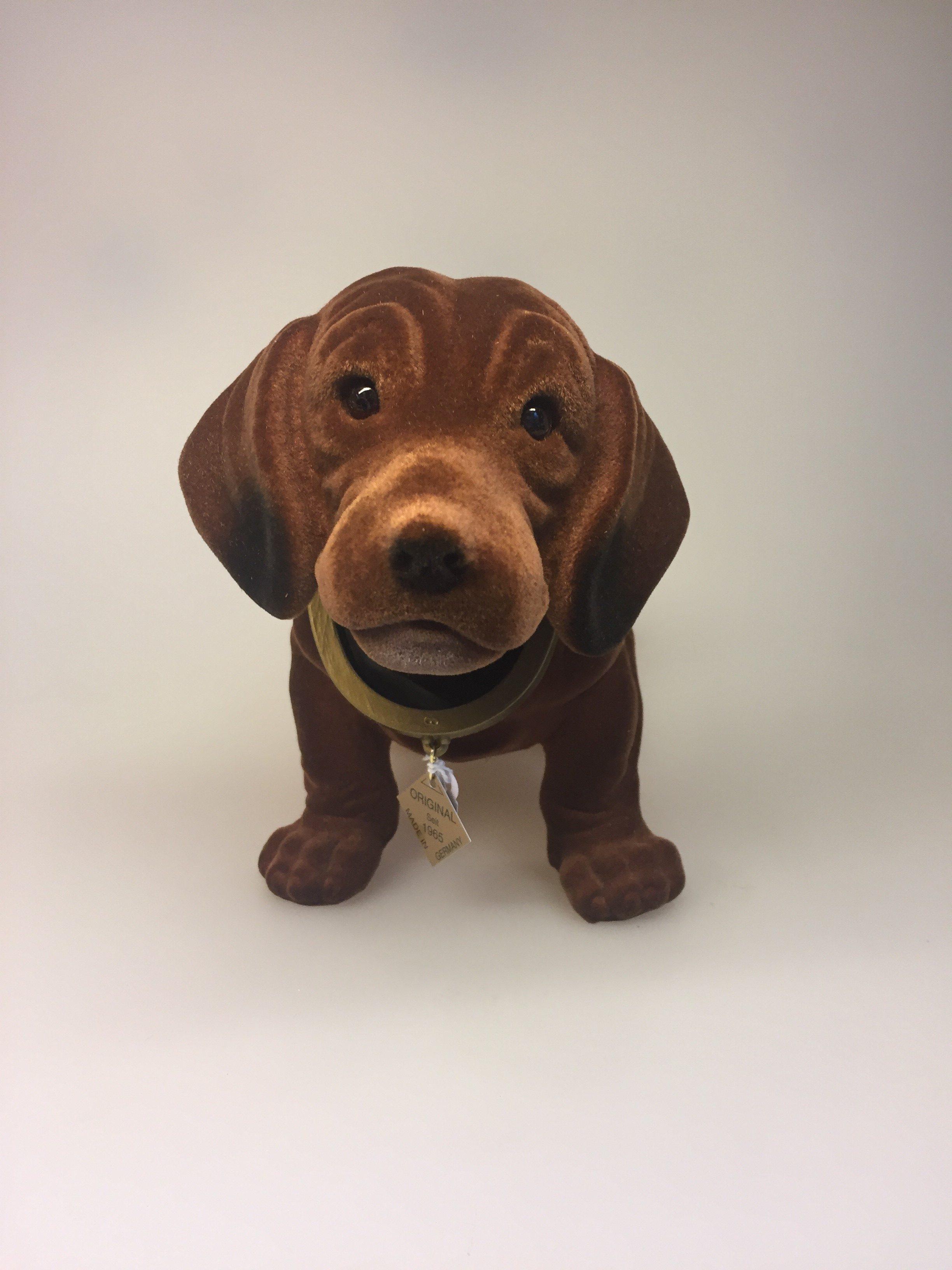 Glimrende Klassisk Nikke-hund - brun velour OC-86
