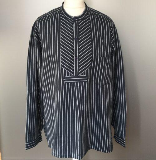 Bondeskjorte i bomuld - Mørkeblå Twill, voksen