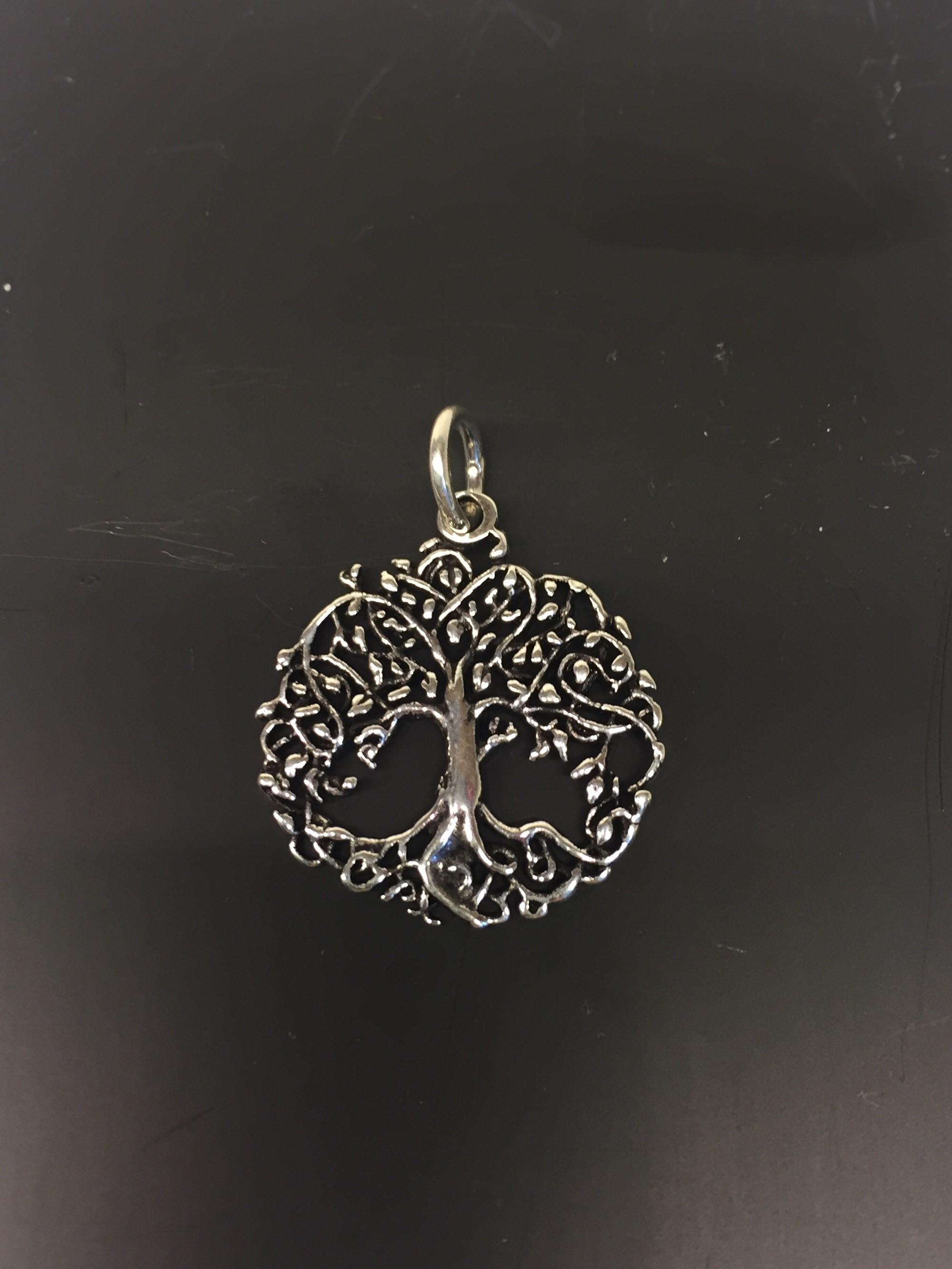 c68bd6a9856 Vikinge Vedhæng sølv – Livets træ Yggdrasil filigran