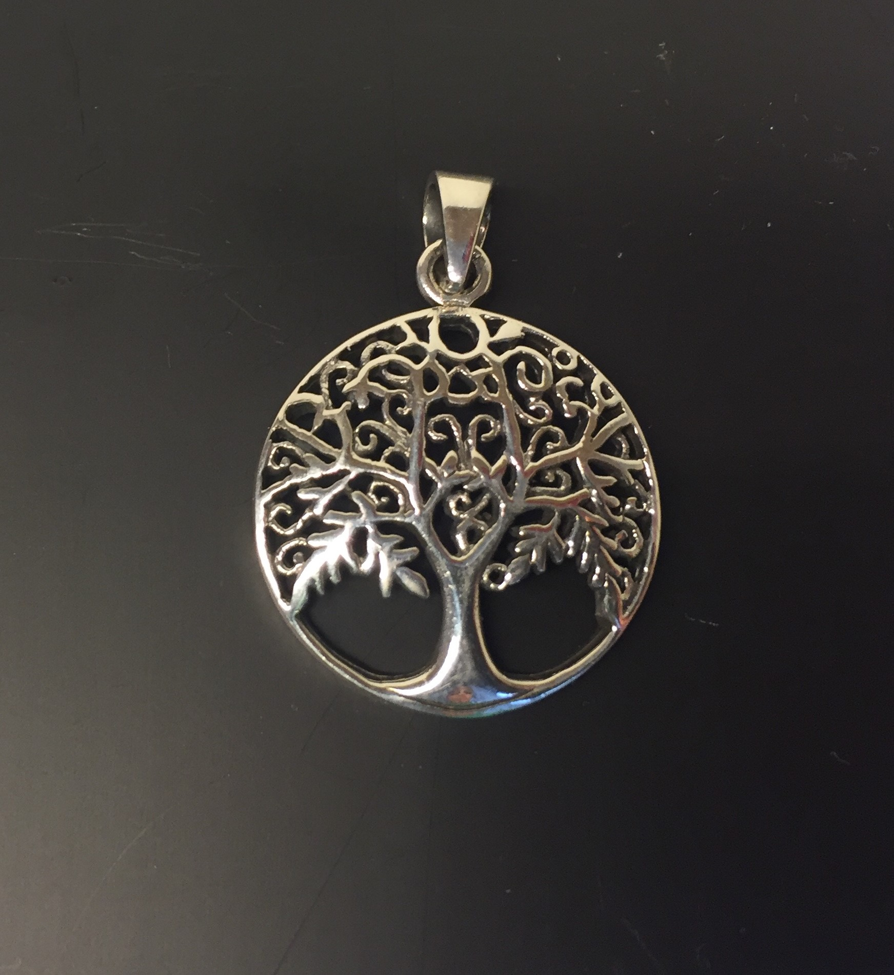 4d23961842c Vikinge Vedhæng sølv – Livets træ Yggdrasil filigran løv