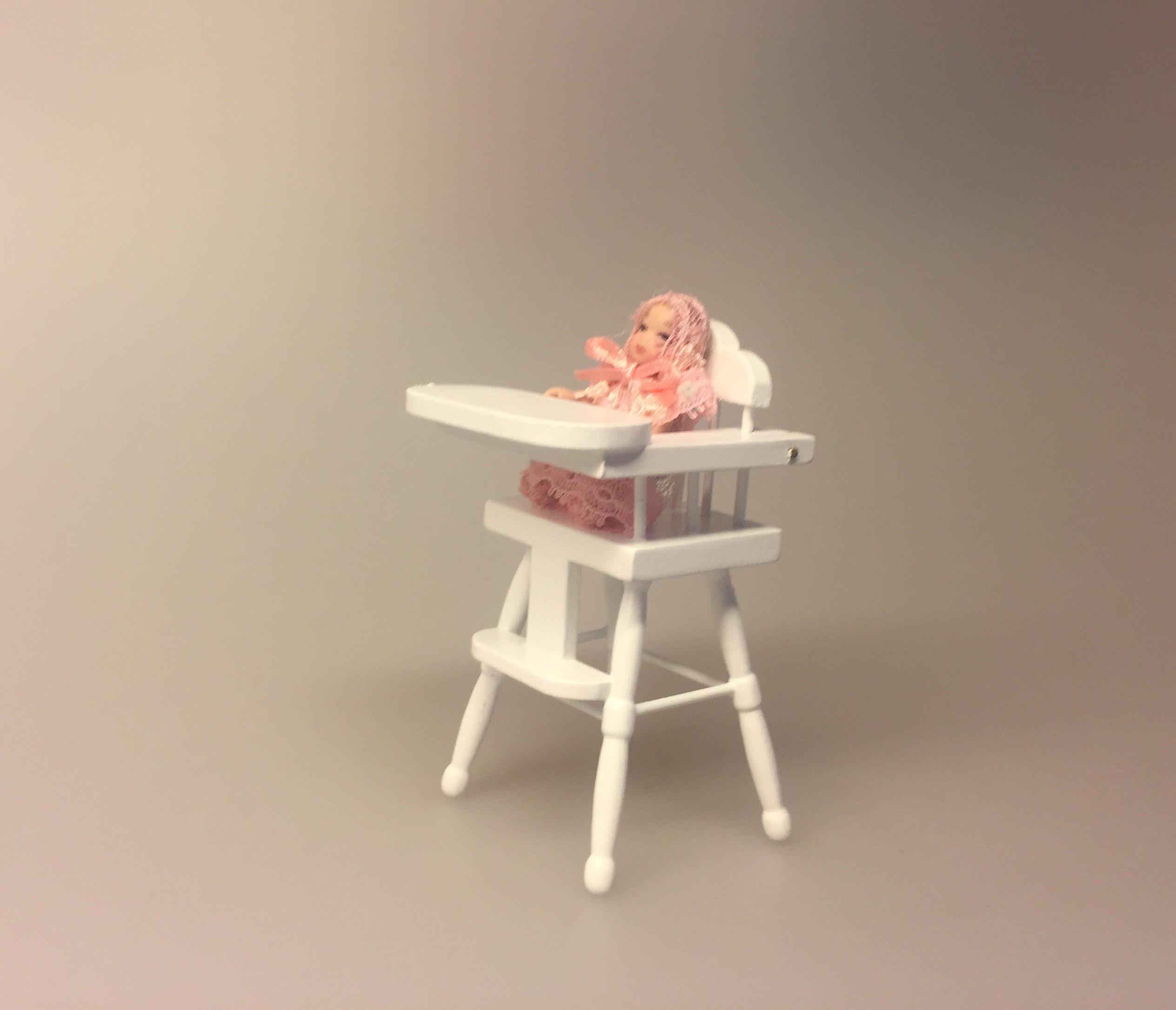 Baby rosa, babydukke, dukkebaby, dukkehusdukke, dukkehusbaby, mini, miniatyre, miniature, lille, lyserød, rosa, pink, ting til dukkehuset, miniaturen, dollhouse, biti, ribe, vadehavet