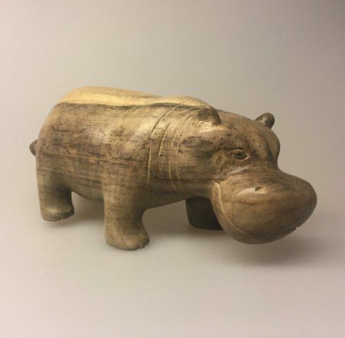 Flodhest - Håndskåret af træ - Grå Stor L - Flodhest - Håndskåret af træ , træflodhest, flodhest, hippo, træfigur, træ flodhest, flodhestefigur, træfigur, træsnit, håndlavet, kunsthåndværk, håndskåret, håndsnittet, nordisk, naturmaterialer, biti, ribe, vadehavet