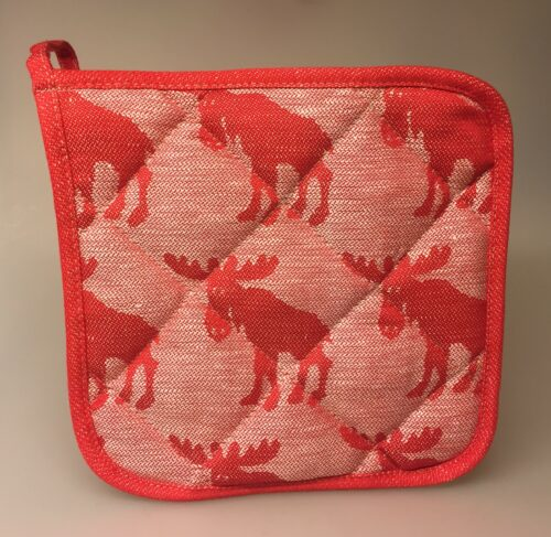 Grydelap (1) - vævet bomuld/hør - Elge rød, røde grydelapper, natur, hør, bomuld, elg, elge, elgsdyr, svensk, svenske, sverige, design, småland, skåne, skove, natur, køkken, jul, tekstiler, stiligt, hyggeligt