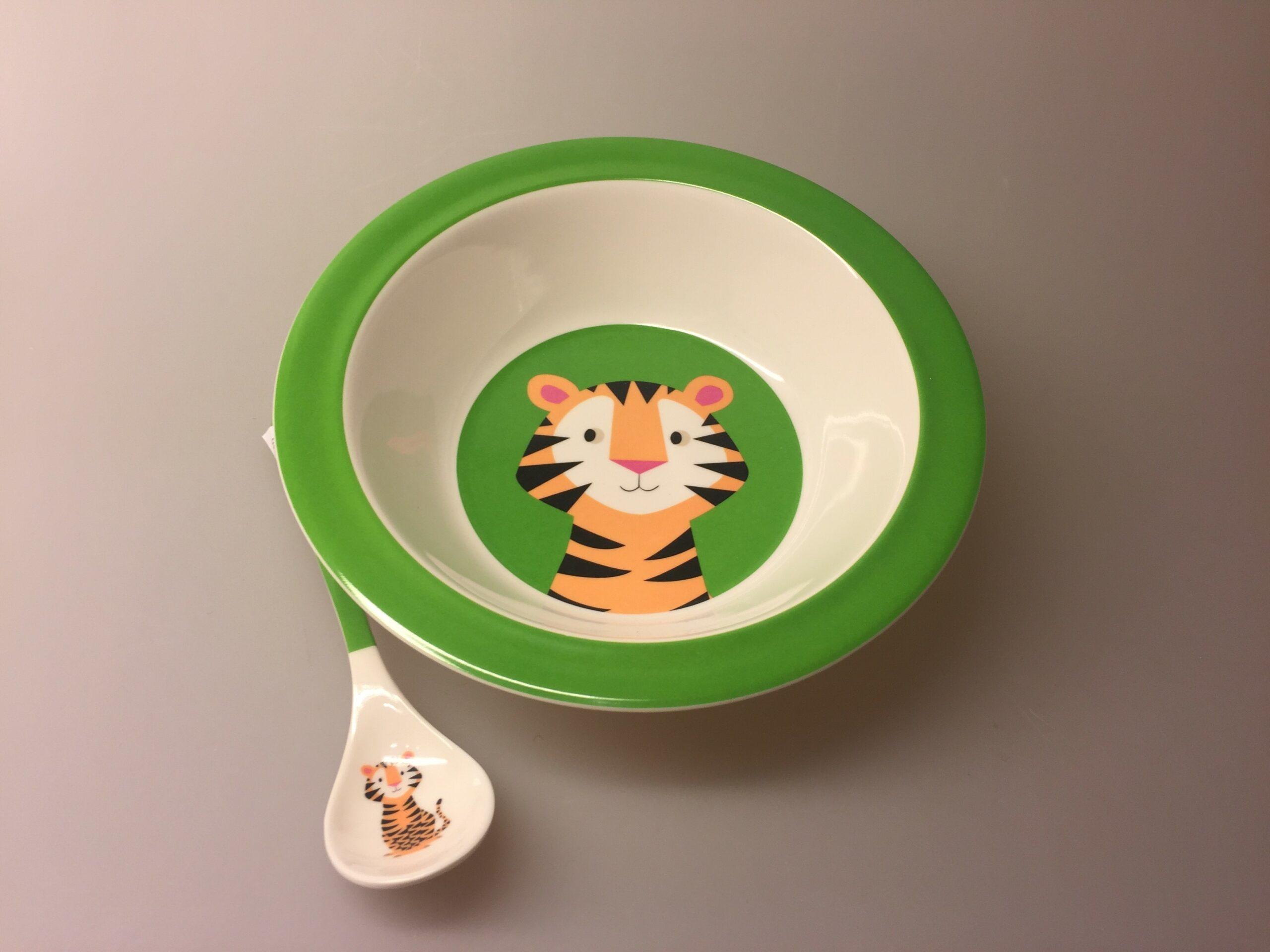 Ske med Tiger, tigerske, tiger, børneske, barneske, service, babyske, ske til mos, børneting, drenge, Tallerken - Dyb - Tiger, tigerskål, skål, morgenmad, morgenmadsskål, børneskål, børnetallerken, vilde dyr, safari, grøn, frisk, sød, sej, praktisk,
