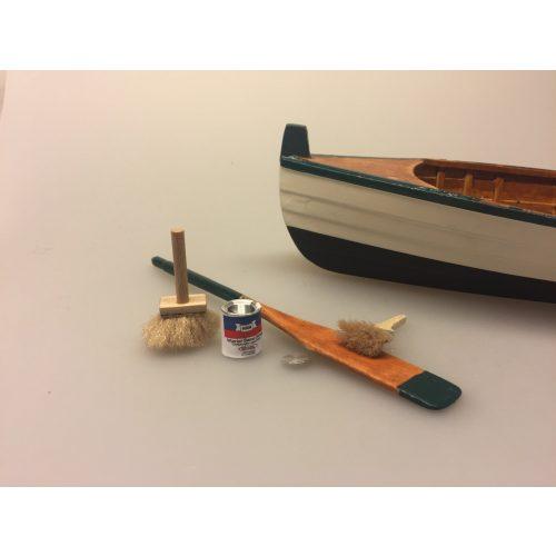 Miniature Malerdåse skibslak, maling, maler, malergrej, fernis, lak, skibslak, dukkehus, dukkestørrelse, mini, miniature, nisse, nissebo, nisseting, dukkehusting, sætterkasse, sættekasse, sættekasseting, samler, objekter, småt, ribe, biti, sejler, skib, sejlskib, sangskjuler, gaveide,