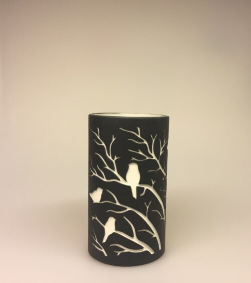 Fyrfadsstage - Vase med fugle sort, Fyrfadsstage - Vase med fugle rosa, fyrfadsstage, lanterne, stage, vase, potte, til lys, fugle, natur, grene, moderne, keramik, keramisk, speciel, enkel, nordisk, cool,