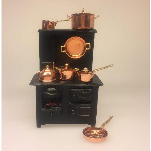 Miniature kobber gryde stor, Miniature kobber Pande rund ,Miniature kobber æbleskivepande, komfur Miniature Støbejerns Komfur med ild, komfur, dukkekomfur, ovn, miniaturer, dukkehusting, ting til dukkehuset, dukkekøkken, støbejern, støbejernskomfur, nissebo, ting til nisser, nissetilbehør, dukketilbehør, mini, 1:12, skala, lille, småt, doll house, miniaturen, biti, ribe