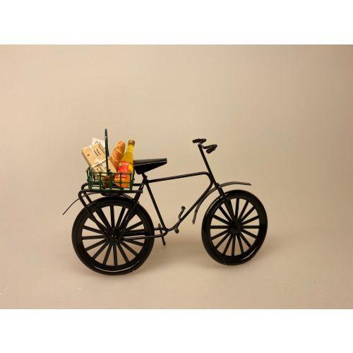 Cykel sort metal miniature 1:12, cukel, herrecykel, miniature, mini, model cykel, dukkehus, dukkehusstørrelse, symbolsk, gavekort til cykel, sangskjuler, konformationsgave, pengegave, cykelrytter, fritids, hobby, cyklist, rytter, biti, ribe, sætterkasse, ting med cykler, Indkøbskurv grøn miniature , købmandsbutik, handle, shopping, indkøb, varer, varekurv, supermarked, på marked, trådkurv, metalkurv, miniature, miniaturer, dukkehus, dukkehusting, ting til, dukkehus, nissebo, nissehus, nissedør, mini, dukketing, biti, ribe, sætterkasse, sættekasse, sangskjuler,