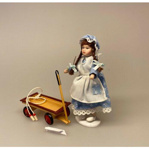 Miniature Sjippetov, 1:12, dukkehus, dukkehusting, ting til, dukkehuset, mini, miniature, miniatyre, sættekasse, sætterkssen, sættekassetig, sangskjuler, konfirmation, legetøj, dukke, biti, ribe, Lille pige Laura, kyse, mamelukker, 1:12, Lille dukke, Lille pige, dukkehusdukke, dukkehusdukker, dukke, dukkepige, pigedukke, ting til dukkehuset, dukkehusting, dukketing, miniature, miniaturer, små ting, sættekassen, sættekasseting, biti, ribe, Miniature Trækvogn - Legevogn, dukkehus, dukkehusting, dukkehustilbehør, ting til, 1:12, mini, miniature, miniaturer, dollhouse, lege, samlere, legetøj, håndlavet, fungerer, biti, ribe, købmand, købmandsbutik