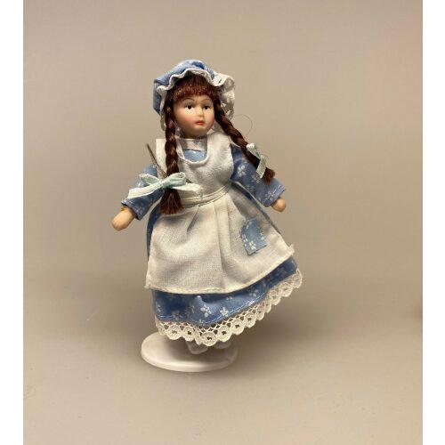 Lille pige Laura, kyse, mamelukker, 1:12, Lille dukke, Lille pige, dukkehusdukke, dukkehusdukker, dukke, dukkepige, pigedukke, ting til dukkehuset, dukkehusting, dukketing, miniature, miniaturer, små ting, sættekassen, sættekasseting, biti, ribe