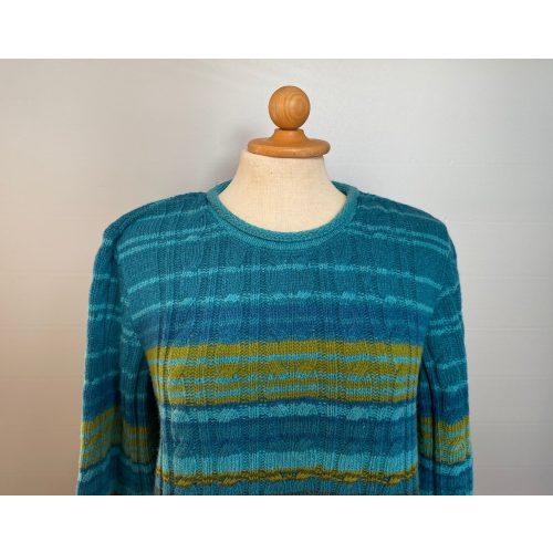 Dunque Pullover stribet uld turkis/grøn, Dunque Pullover stribet uld rød/aubergine, rød, blå toner, stribet, striber, pullover, striktrøje, strik, damestrik, uldtrøje, ulden, uldstrik, lambswool, blød, kvalitet, klædelig, lækker, flot, sommerstrik, sweater, let, lun, trøje, bluse, dunque, speciel, farver, farverig, biti, ribe, vadehavet, nationalpark, marsken, får, lammeuld,