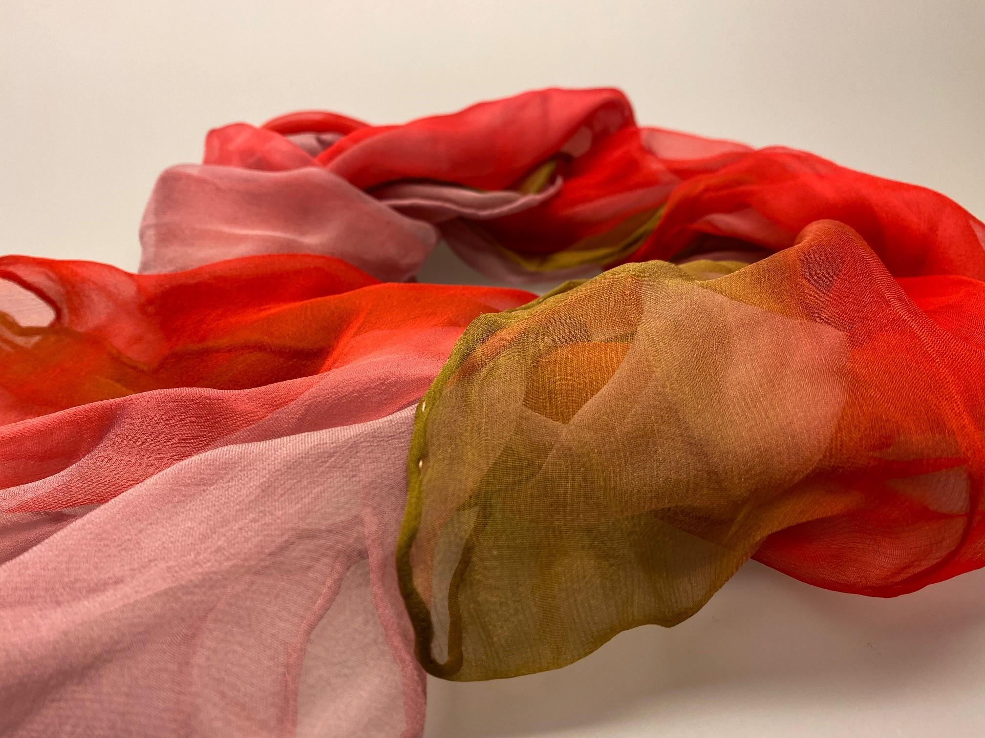 1158-167, Silkechiffon 1163 XL - Rød/Rosa/Grøn, rosa, silke, ren silke, silketørklæde, silkechiffon, let, stort, volumen, sjal, stola, fest, festtøj, elegant, kvalitet, flot, kor, gave, gaveide, rund fødselsdag, biti, ribe