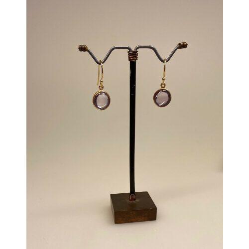 Forgyldte Ørenringe med glat Rund Sten - Lyslilla Ametyst, lilla øreringe, lilla sten, stenøreringe, lilla ørenringe, lilla ørehængere, guld øreringe, ægte, guldbelagt, forgyldt sølv, forgyldt sterling sølv, kvalitet, ædelsten, halvædelsten, symbolik, amulet, ametyster, amatyst, ametyst øreringe, amatyst øreringe, runde, glatte, sten, dnske brands, design, susanne friis bjørner, SFBCPH, stine a, maanesten, biti,ribe, Ribe, smykker, julie sandlau, billige, tilbud, nyheder, forår 2020, moderne, enkle, klassiske, diskrete, tidsløst design,