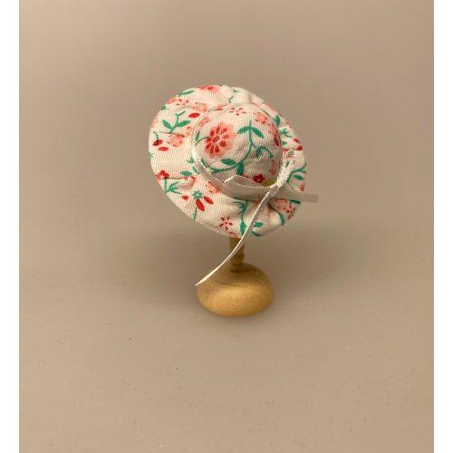 Miniature Hat Blomstret med Bånd, Miniature Hat Ferskenfarvet med Bånd & Blomster, damehat, hat, feminin, dukkehat, dukkebutik, trikotage, dukkehus, dukkehusting, dukkehus tilbehør, ting til dukkehuset, dukkestue,samler, mniaturer, biti, ribe,