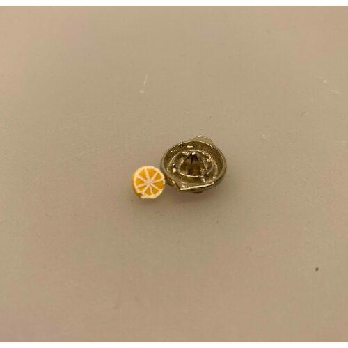 Miniature Citronpresser med halv citron
