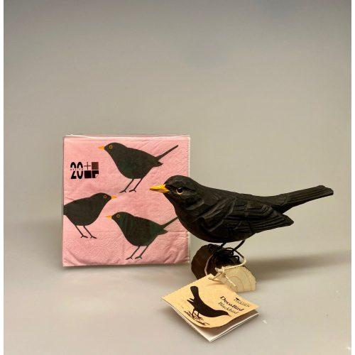 Servietter - Rosa med solsort , lyserød, lyserøde servietter, rosa servietter, fugle, fugl, fugleservietter, ting med fulge, kigger på fugle, ornitolog, fugleentusiast, solsort, blackbird, picnic, solsorteting, fugleting, konfirmation, gaveide, fars dag,