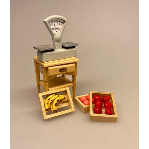 Miniature 3 Kasser med frugt, Miniature Banan kasse, Miniature Kasse med bananer, banana, banankasse, bananklase, modne bananer, frugt, frugtkasse, dukkehus, dukkehusting, dukker, dukkestørrelse, mini, miniature, miniaturer, samler, 1:12, skala, legemad, biti, ribe, køb bananer,