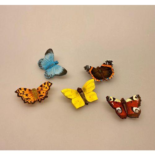 Magnet Sommerfugl af træ - Det hvide C,Magnet Sommerfugl af træ - Blåfugl, Magnet Sommerfugl af træ - Påfugleøje, Magnet Sommerfugl af træ - Admiral, Magnet Sommerfugl af træ - Citron sommerfugl, sommerfugle, natur, naturinteresseret, butterfly, frihed, gaveide, magnet, håndlavet, træ, træskærearbejde, af træ, kunsthåndværk, naturlig, biti, ribe,