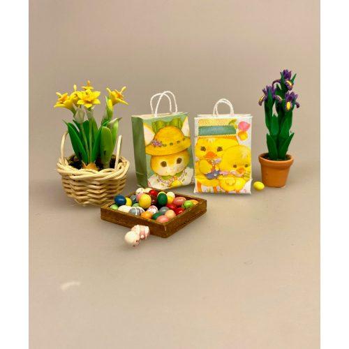 Miniature Bærepose med påskemotiv, papirspose, pappose, pose, bærepose, påskepose, påske, påskepynt, miniature, miniaturer, konfiture, indkøbspose, biti, ribe, dukkehusting, til, tilbehør, dukkehusting, dukkestue