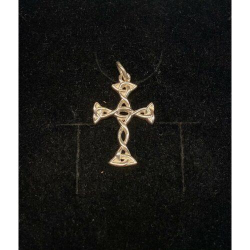 Vedhæng i sølv - Flet Kors lys sølv, Vedhæng i sølv - Keltisk Flet Kors, fletværk, fletkors, keltisk, ægte, sølv, sølvkors, vikingesmykker, fund, vikingefund, kopi, kopismykker, museumsfind, museumssmykker, evighed, uendelig, stort, smykt, lækkert, let, ribe, biti