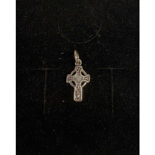 Vedhæng i sølv - Keltisk Aran Kors lille, kors, keltisk, aran, irsk, cirkel, specielt, kristent, tidligt, originalt, gaveide, konfirmation, barnedåb, museums, kopi, fund, smýkker, sølv , sterling, sølvkors, lille, biti, ribe