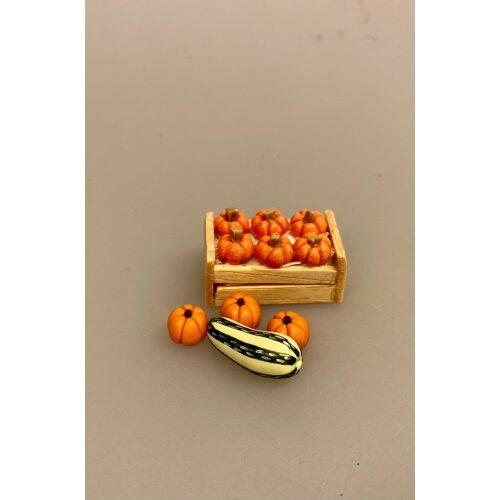 Miniature Hokaido Græskar, Hokkaido, Hokaido, Halloween, pumpkin, Miniaturer , grøntsager, køkkenhave, grønt, miniature, dukkehus, ting, tilbehør, nisser, sættekasse, symbolsk gave, gavekrot, færdiguddannet, gartner, grønne fingre, have, havearbejde, planteskole, biti, ribe, 1:12